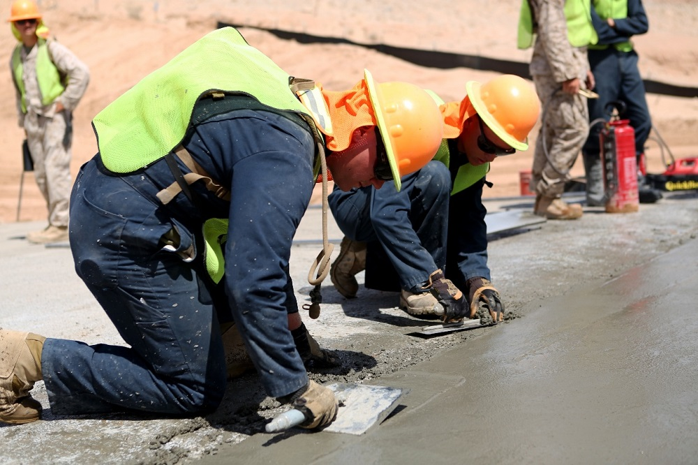 How to Pour Exposed Aggregate Concrete in a Creative Manner