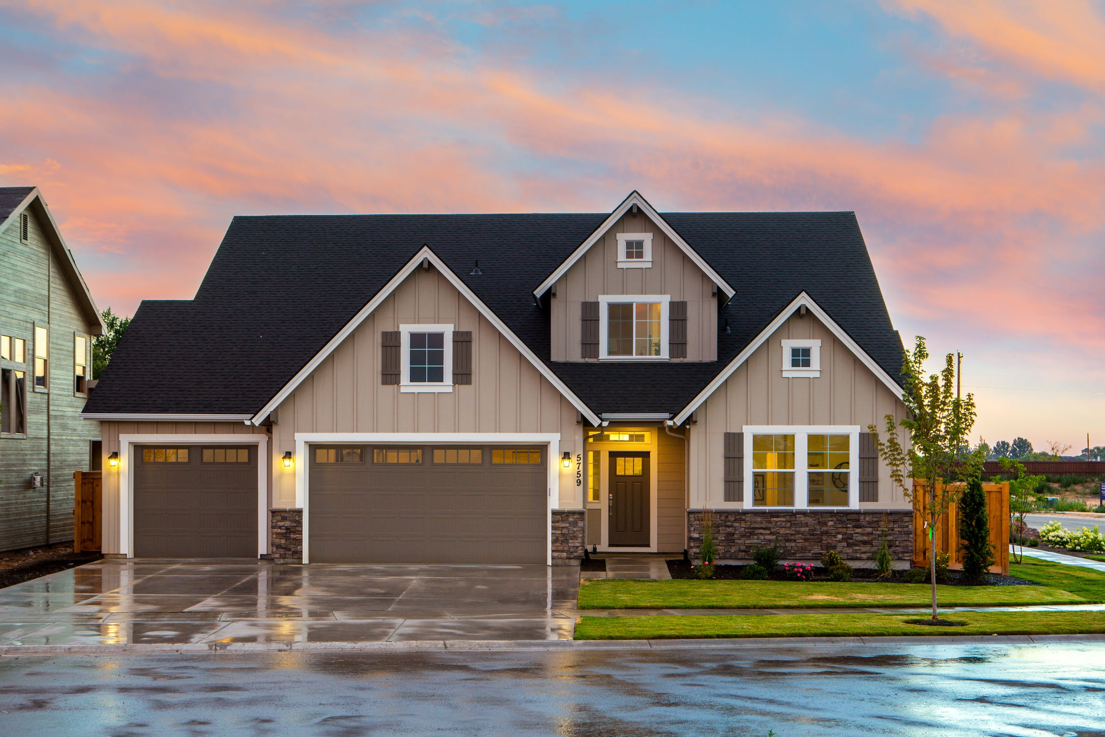 Securing Your Home With A High Quality Garage Door