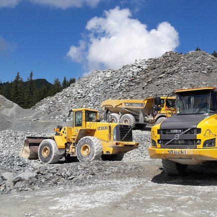 Benefits of Choosing dump Trucks for Construction Sites
